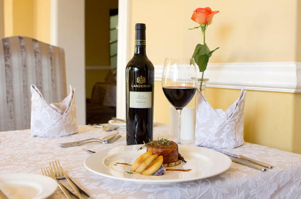Enjoy fine cuisine and delicious estate wines at Lanzerac Hotel.