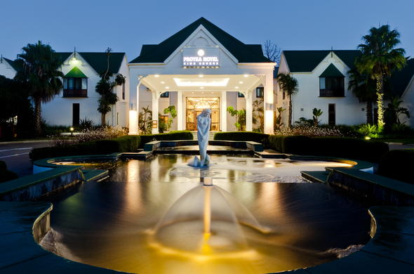 Spend the night at Protea Hotel King George at night.