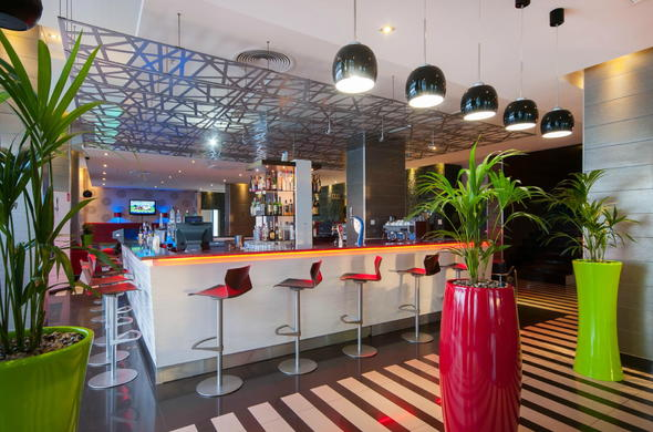 Best hotels in port elizabeth where to stay activities - Where to stay in port elizabeth ...