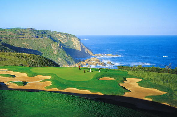 Spectacular South African golf course with sea view at Pezula Resort.